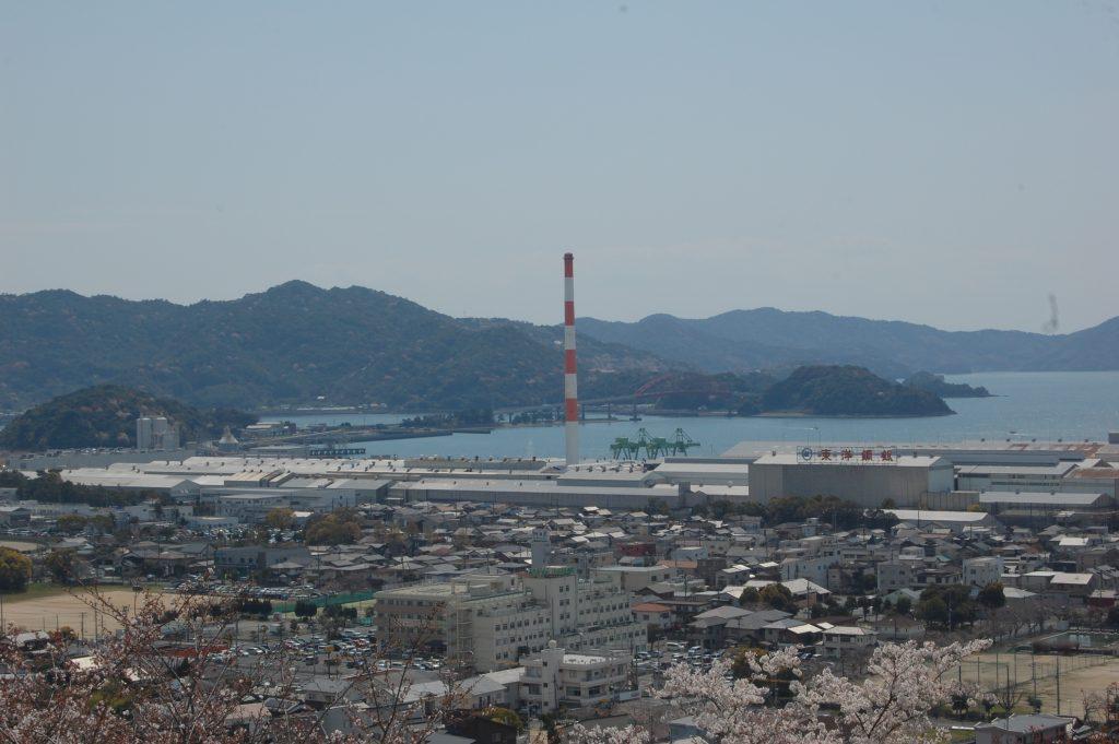 星の塔から笠戸島。東洋鋼鈑。